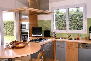 maison vendre nimes vendre sa maison nimes avec piscine. Black Bedroom Furniture Sets. Home Design Ideas